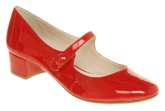 Office-Hiccup-bar-shoe-red